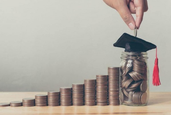 Money-Saving-Tips-for-Students-1068x675.jpg